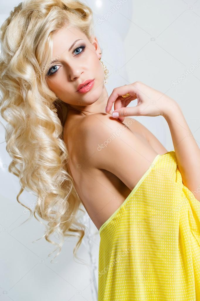 Все для красоты блондинки