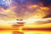 Soluppgången över havet. — Stockfoto