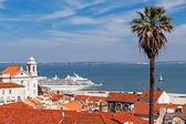 View of Lisbon city and Tagus river — Stock Photo