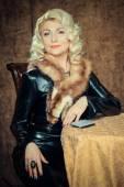 ヴィンテージの美しい女性の肖像画 — ストック写真