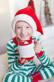 Kid vid jul — Stockfoto
