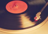 Vintage vinyl player — Stock Photo