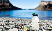 Pyramid of polished sea glass — Stock Photo