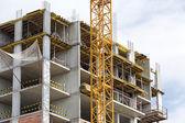 正在建设的新公寓楼。 — 图库照片