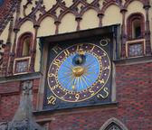 Clock on city tower — Stock Photo