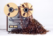 Open Reel Tape Deck Recorder Player with Messy Entangled Tape — Stock Photo