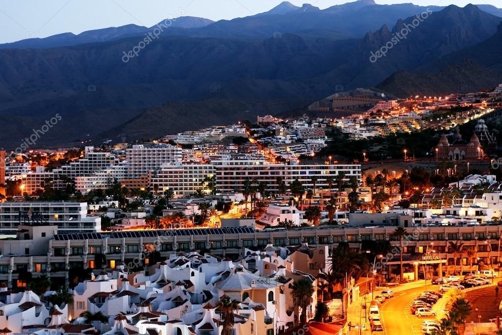 Modernos hoteles en playa de las am ricas tenerife foto - Hoteles modernos espana ...