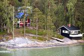 Stuga med ett badhus iland Östersjön — Stockfoto