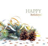 Noel ağacı dalı yılan gibi ve star izole beyaz zemin üzerine altın — Stok fotoğraf