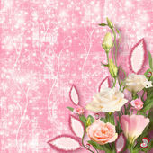 Bouquet of beautiful pink roses with the invitation or congratul — Foto Stock