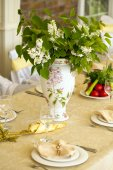 Decorated chair and tables set for wedding  — Foto de Stock