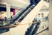 Escalators at the shopping mall — Stock Photo