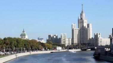 Kotelnicheskaya Embankment Building — Stock Video