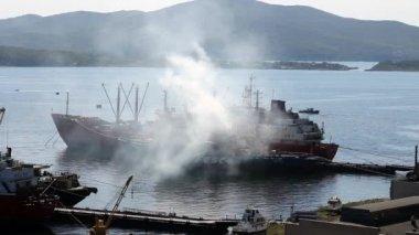 Ship in Vladivostok — Stock Video