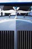 Vintage Car decorated with white ribbon. Detail. — Stock Photo