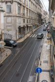 LISBON, PORTUGAL - APRIL 1, 2013: Old street in the Lisbon city — Stock Photo