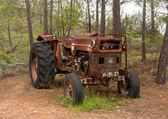Abandoned tractor  — Stock Photo