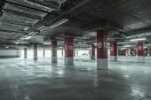 Empty parking garage — Stock Photo