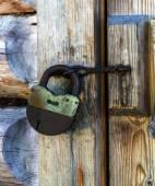 旧生锈挂锁 — 图库照片