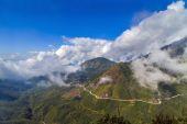 Vietnam Fansipan mountain Landscape adventure — Stock Photo