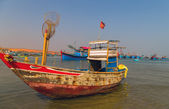 Vietnam, Phan Thiet fishing harbor — Stock Photo
