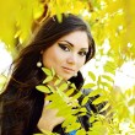 Pretty girl in fall time — Stock Photo #55352139