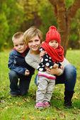 Matki z dziećmi — Zdjęcie stockowe