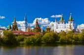 Izmailovo Kremlin and lake - Moscow Russian — Stockfoto