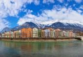 Rakousko innsbruckχάλστατ χωριό στη λίμνη - σάλτσμπουργκ αυστρίας — Stock fotografie