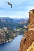 Cliff Preikestolen in fjord Lysefjord - Norway — Стоковое фото