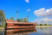 Galleon ship-restaurant in Mezhyhirya — Stock Photo