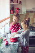 Kids at the kitchen — Foto Stock