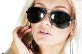 Woman in sunglasses — Stock Photo