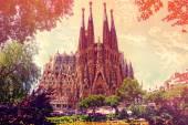 La Sagrada Familia at sunset on May 28,2012, designed by Antoni Gaudi. Is a large Roman Catholic church in Barcelona — Stock Photo