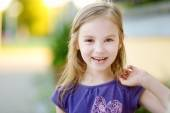 Little girl lost her tooth — Stock Photo