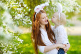 Mother and daughter in Easter bunny ears — Foto de Stock