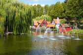 A beautiful pond with fountain in Tivoli gardens in Copenhagen.  — Stock Photo