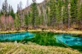 So-called blue geyser lake in Altay mountains — Stock Photo