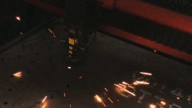 Figure metal cutting — Stock Video