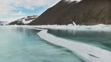 Zimní jezero Bajkal — Stock video