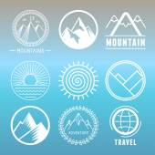 Vector mountain logos and emblems — Stock Vector