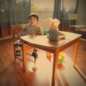 Bebê na sala de jogos — Foto Stock