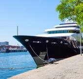 Moll d'Espanya, Barcelona, Spain, JUNY 13, 2013, Yacht Martha An — Stock Photo