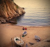 Tossa de Mar, Catalonia, a quiet evening on the beach with white — Stock Photo