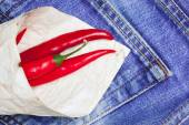 Red hot chili peppers torby papierowe — Zdjęcie stockowe