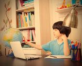 Studying geography, boy and globe — Fotografia Stock