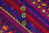 Zespół rocznika haftowane ozdoby i stare guziki — Zdjęcie stockowe