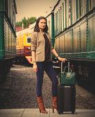 Businesswoman goes in retro voyage — Stock Photo