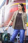 Pretty businesswoman on vacation in anticipation of a trip — Foto Stock