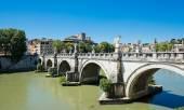 Bridge on Tiber river in Rome, Italy — Stock Photo
